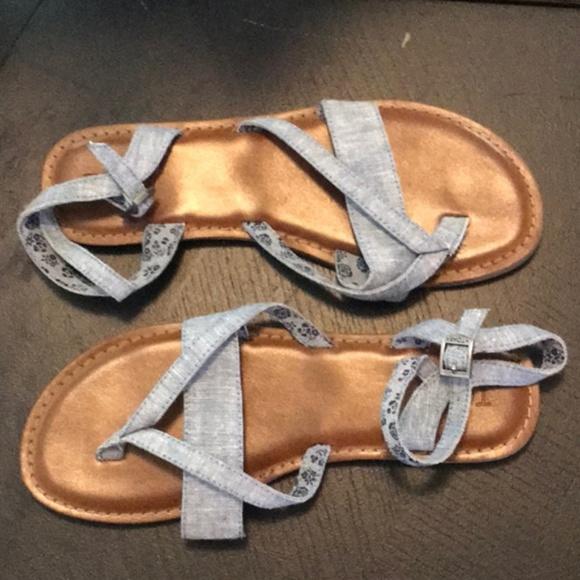 05711abf3178 Lexie Blue Chambray Toms Sandals. M 5b194faa03087c153fbf420e